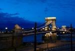 (47)Kettenbrücke.jpg